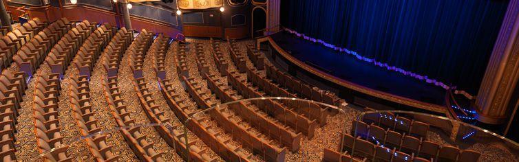 Théâtre du bateau de croisière Queen Elizabeth