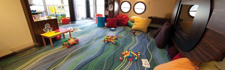 Zone dédiée aux enfants à bord du bateau de croisière Queen Elizabeth