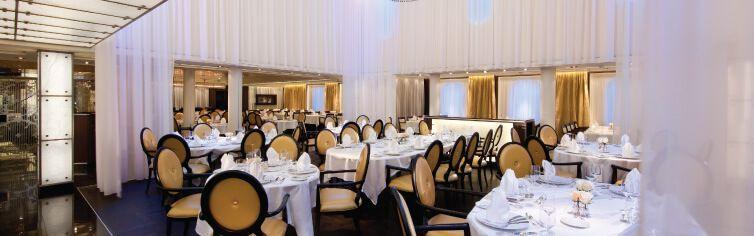 Restaurant du bateau de croisière Seabourn Odyssey