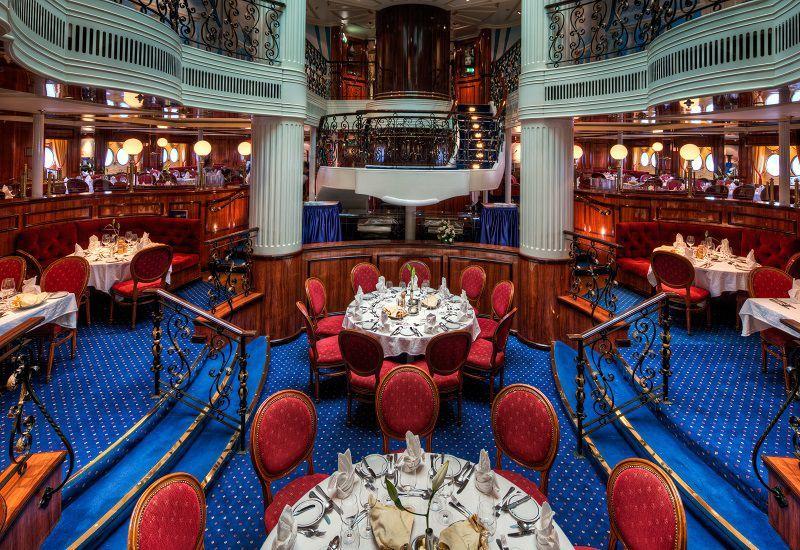 Restaurant du bateau de croisière Royal Clipper