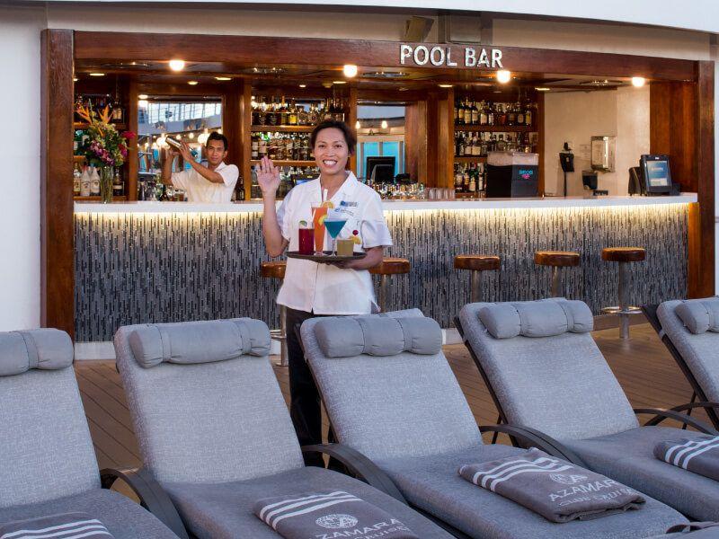 Pool Bar du bateau de croisière Azamara Quest