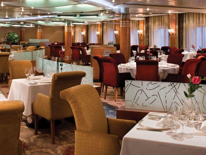 Restaurant Compass du bateau de croisière Seven Seas Mariner
