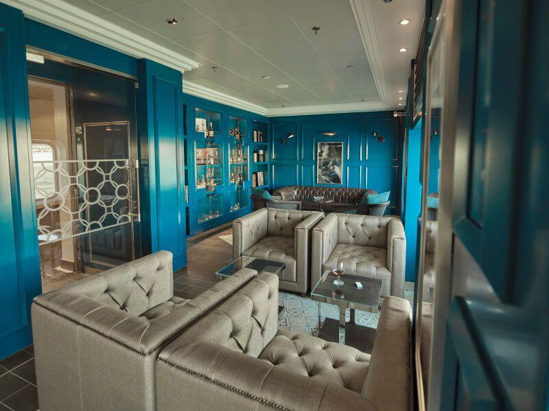 Club CONNOISEUR du bateau de croisière Seven Seas Voyager