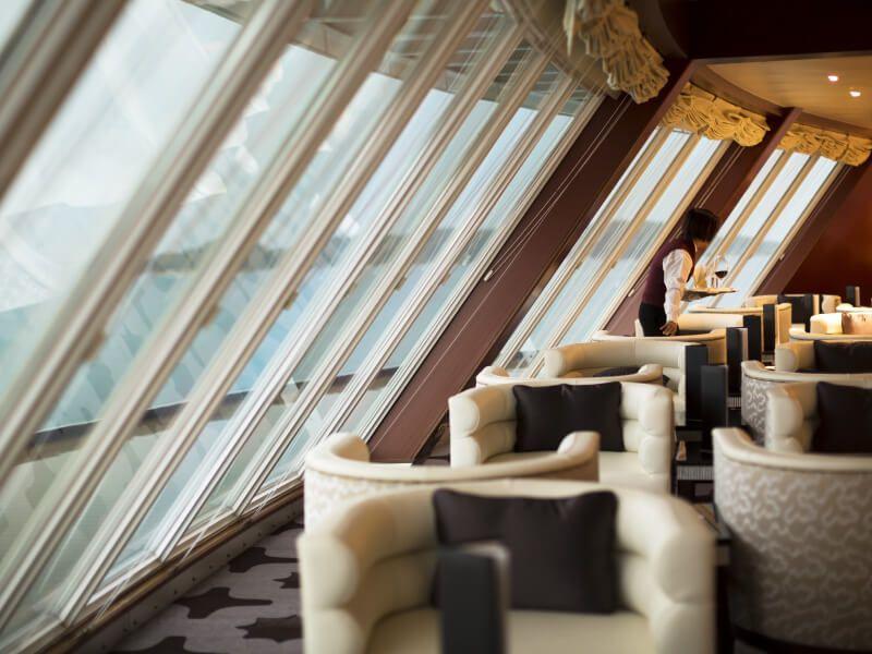 Lounge Observation du bateau de croisière Seven Seas Voyager