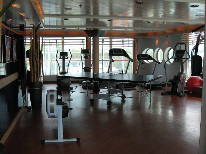 Salle de sport du bateau de croisière MS Fram