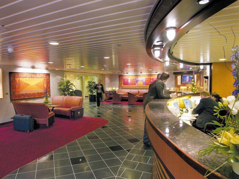Réception du bateau de croisière MS Finnmarken