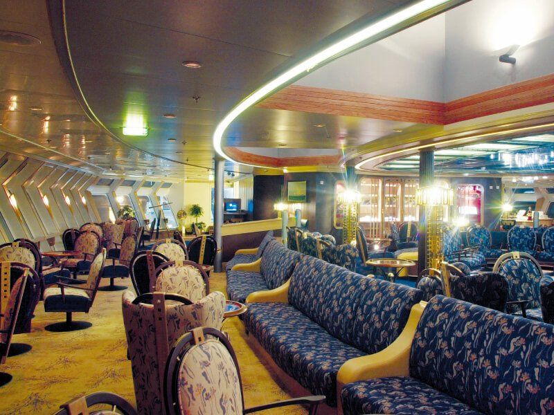 Salon panoramique du bateau de croisière MS Finnmarken