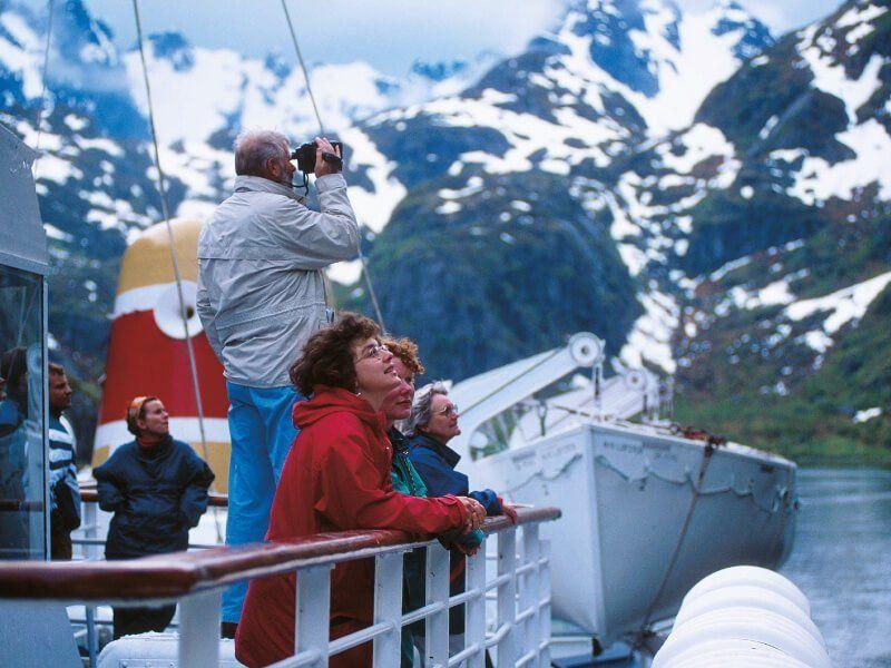 Passagers à bord du bateau de croisière MS Kong Lofoten