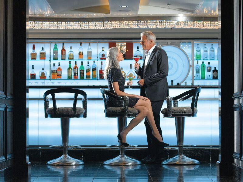 Casino bar du bateau de croisière Regatta