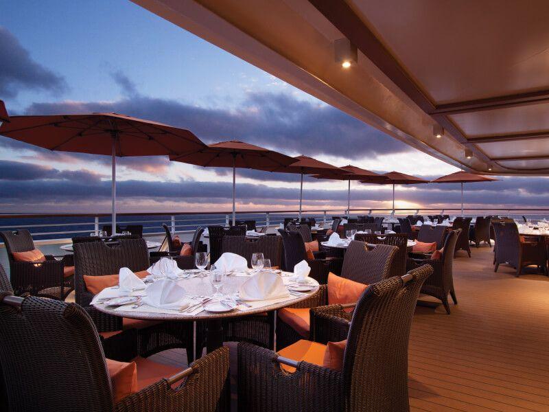 Terrasse du bateau de croisière Riviera