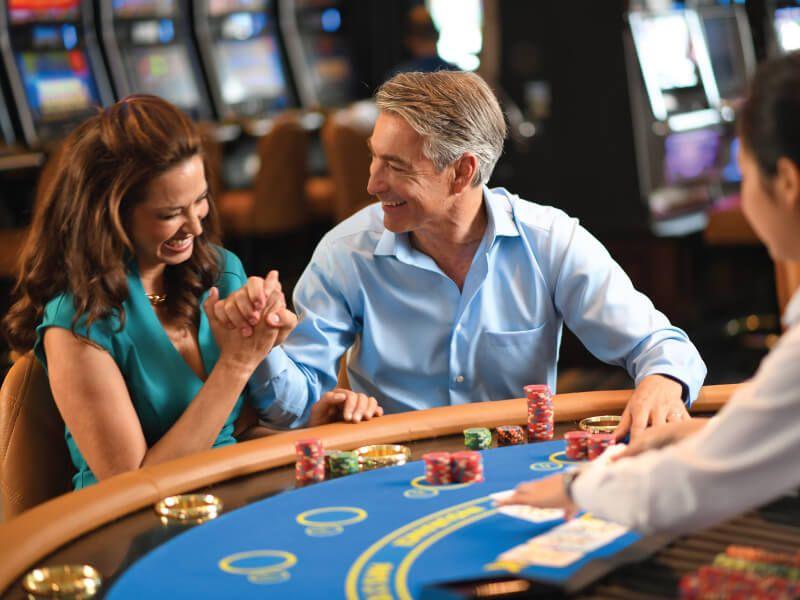 Casino bar du bateau de croisière Sirena
