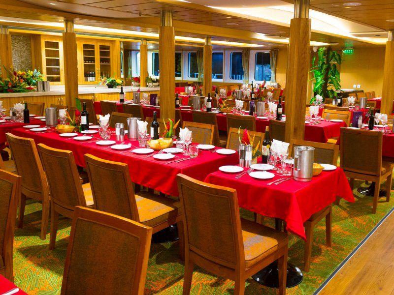 Dinning Room du bateau de croisière Aranui 5