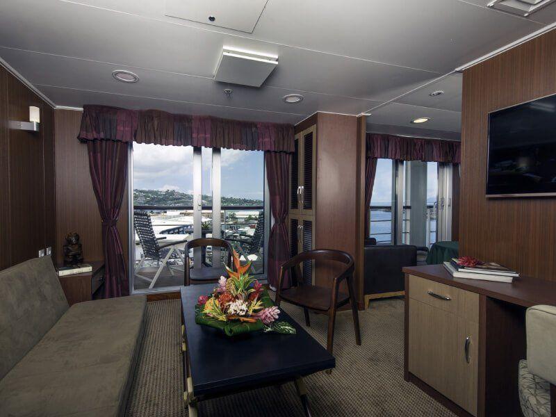 Salon de la Suite Présidentielle du bateau de croisière Aranui 5