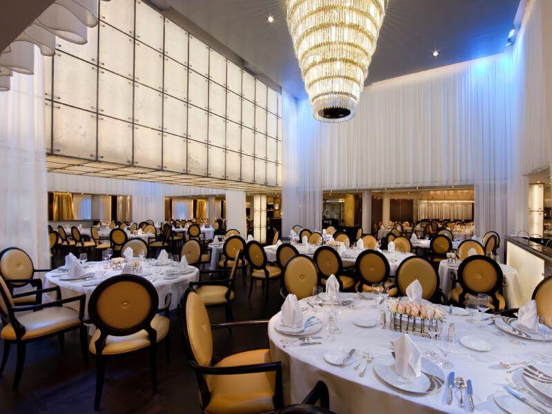 The Restaurant du bateau de croisière Seabourn Sojourn