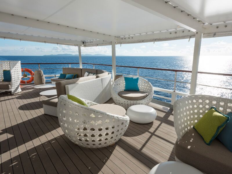 Sunset bar du bateau de croisière Crystal Esprit