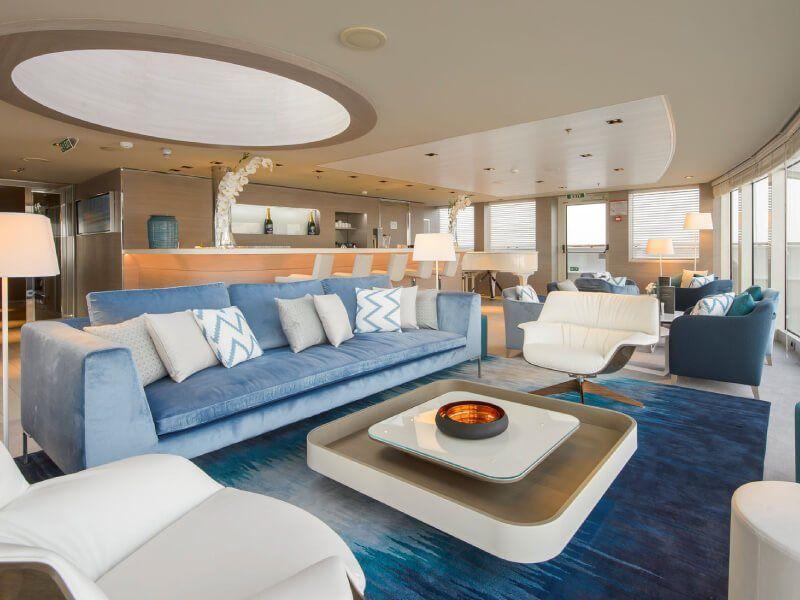Lounge du bateau de croisière Le Lyrial