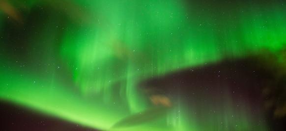 les aurores boréales lors d'une croisière au Groenland