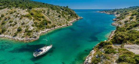 croisière de prestige sur la mer méditerrané